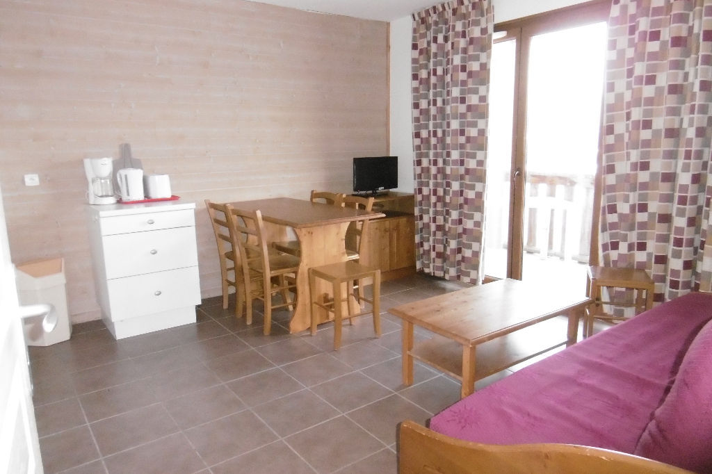 appartement-les-angles-3-piece-s-38-60-m2