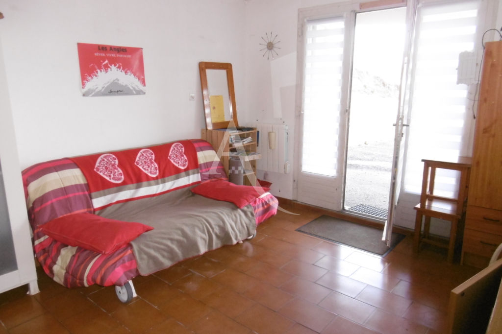 appartement-les-angles-1-piece-s-22-m2